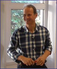 Bernard Groom, enseignant pour l'Association