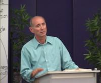 Kenneth en conférence